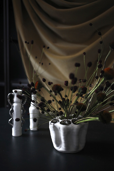 http://sophiamorenobunge.com/files/gimgs/28_27smb-for-emily-thompson-flowers-mini-microphones-1.jpg