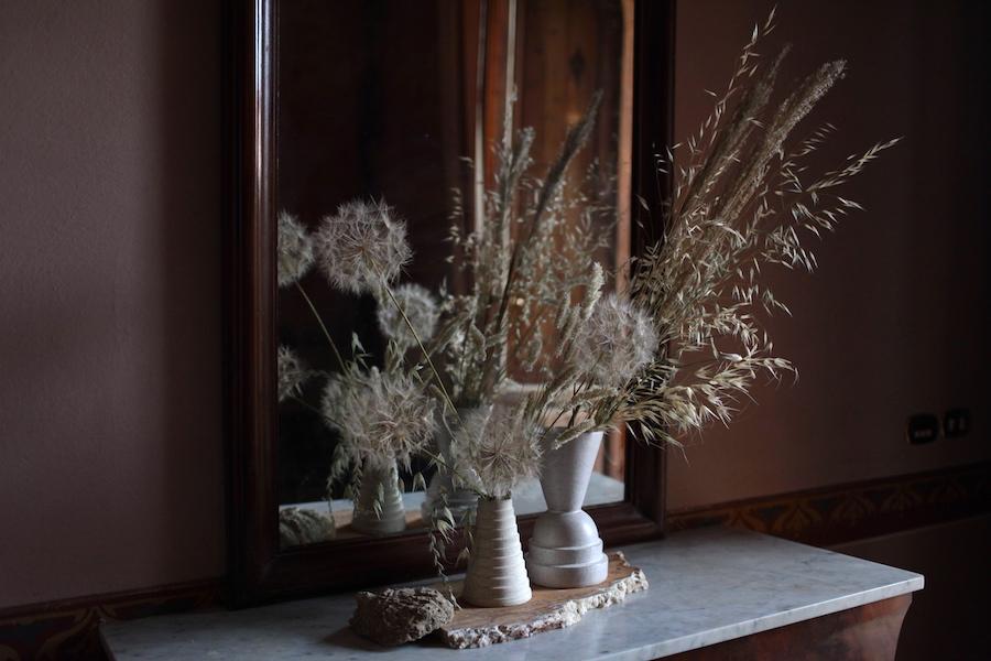 http://sophiamorenobunge.com/files/gimgs/28_img4105-salsify-seedheads-dried-grasses-1.jpg