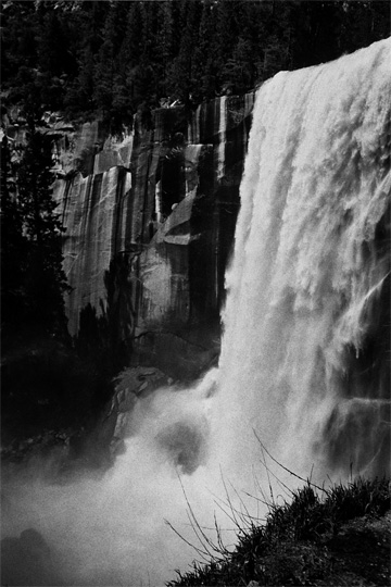 http://sophiamorenobunge.com/files/gimgs/3_baby-milk-waterfall.jpg